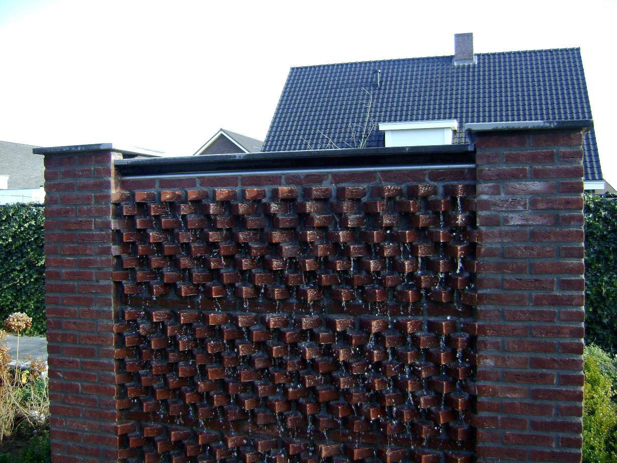 Watermuur en achtertuin Roggel (2)